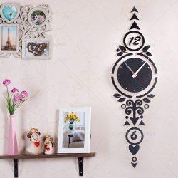 ساعت دیواری دکوراتیو چوبی با روکش چرم مشکی شاینا