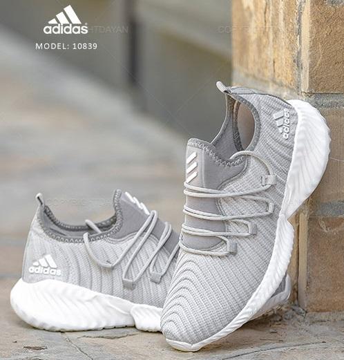 کفش مردانه آدیداس Adidas مدل 10839 رنگ سفید خاکستری